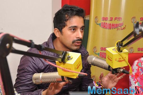 Rannvijay Singh Promote His Upcoming Movie 3 AM At Radio Mirchi