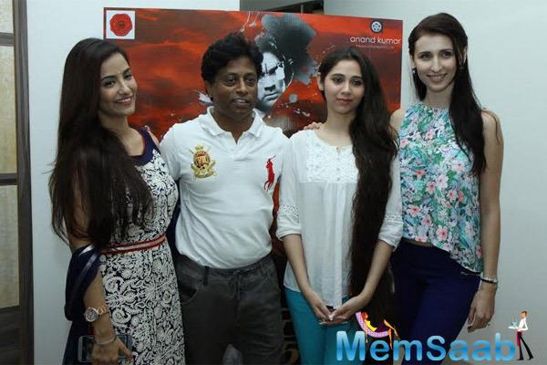 Tia,Director Anand,Sasha And Claudia Clicked During The Film Desi Kattey Press Meet In Mumbai