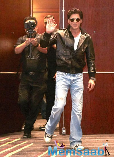 Shahrukh Spotted At Biggest Global Musical Extravaganza SLAM Presscon In Houston