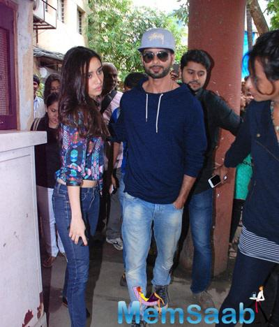 Shahid And Shraddha Snapped To Promote Haider At Red FM 93.5