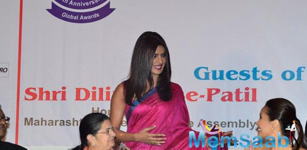 Priyanka Chopra Goes Traditional For The Priyadarshini Awards