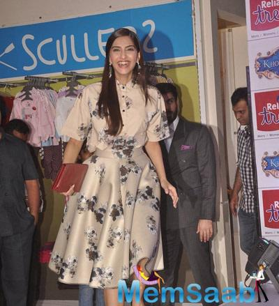 Sonam Kapoor Excited Still During The Khoobsurat Promotion At Reliance Trends