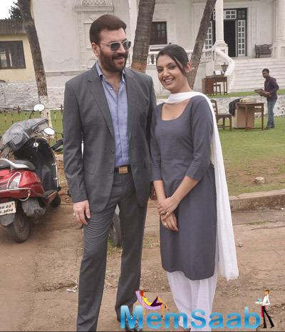 Aditya Pancholi And Ashima Sharma Cool Pose On The Sets Of Mumbai Can Dance Saala