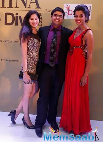 Mugdha Godse Gorgeous Look In Red Lippy At Femina Style Diva 2014