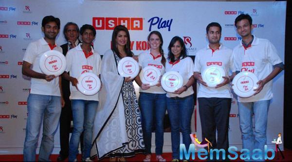 Priyanka Chopra Celebrated The Success Of Mary Kom With Sportspeople