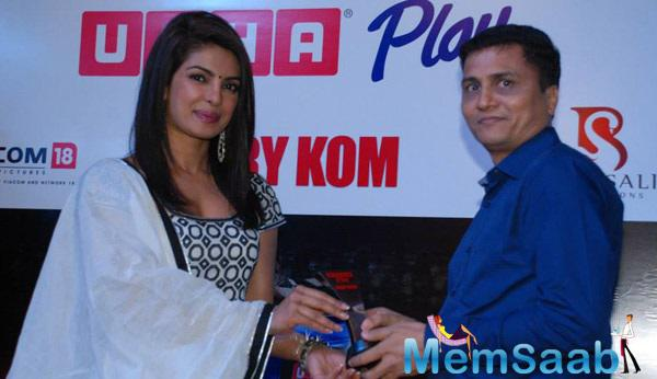 Priyanka Promoted And Celebrates Success Of Her Film Mary Kom At Usha Event
