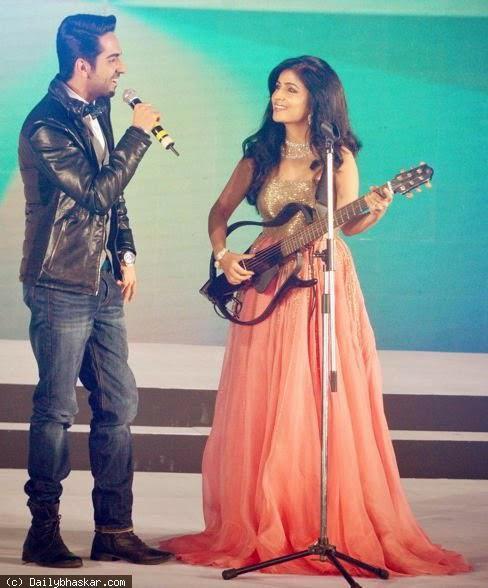 Ayushmann Khurrana And Shibani Kashyap Cool Performance On The Stage At Femina Style Diva Award 2014 Finals