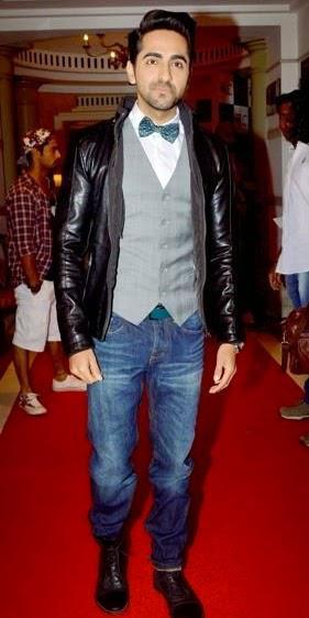 Ayushmann Khurrana Posed For Camera In Red Carpet During Femina Style Diva Award 2014 Finals