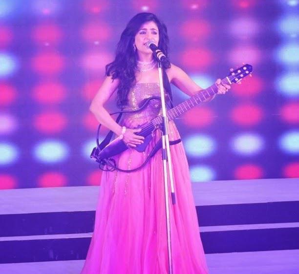 Singer Shibani Kashyap Performed During Femina Style Diva Award 2014 Finals
