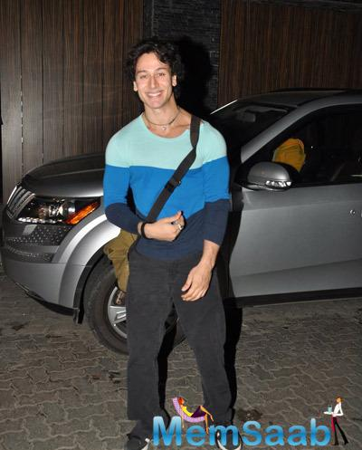 Tiger Shroff Posed For Camera During He Snapped At Bandra