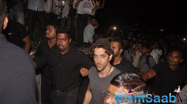 Hrithik Unveils Bang Bang Mobile Game Launch Event At Reliance Digital