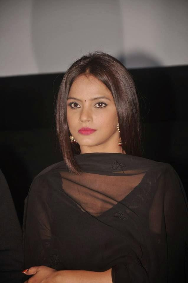 Charming Neetu Graced The Opening Ceremony Of The Fifth Jagran Film Festival