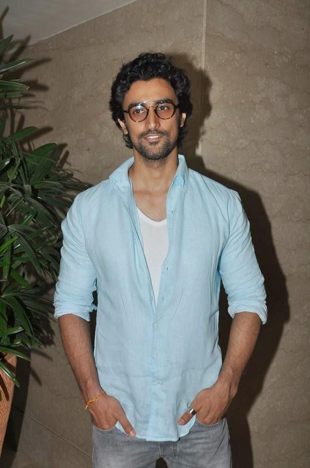 Kunal Kapoor Attended Footsteps Good NGO's Fund-Raising Event