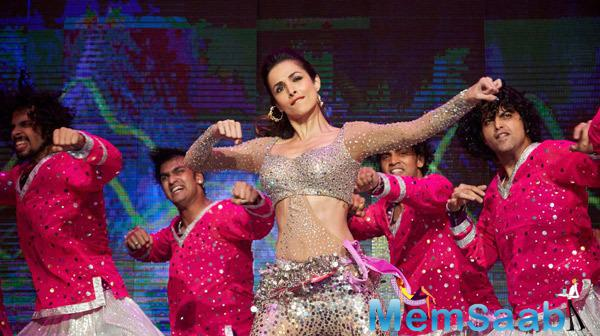 Malaika Arora Khan Hot Performance During Their Promotion Venture SLAM In Washington
