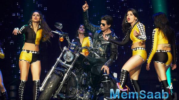 SRK Enthrals The Audience During Their Promotion Venture SLAM In Washington