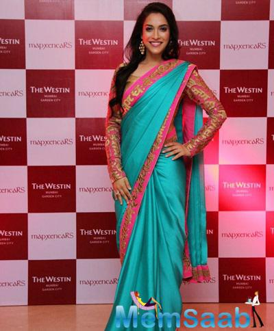 Celebs Attend The Cocktail Bash Of Riddhi Siddhi
