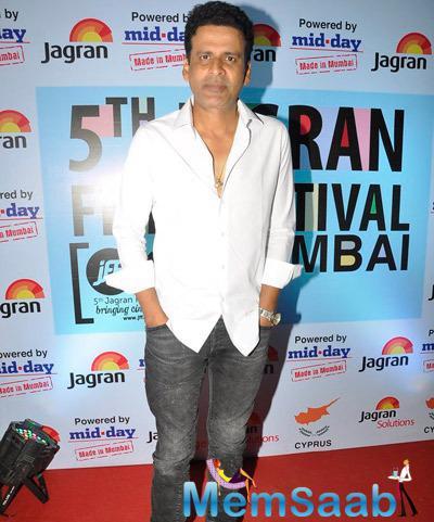 Manoj Bajpai Posed For Camera At The 5th Jagran Film Festival