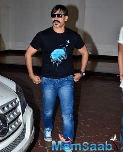Vivek Oberoi Dashing Look At Giving Back NGO India 2014 Event