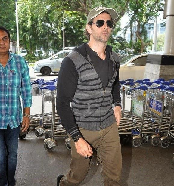 Hrithik Roshan Leaves For Delhi To Promote Bang Bang