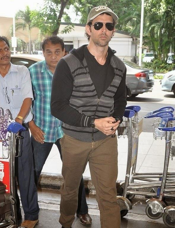 Hrithik Roshan Spotted At Airport For Leave Delhi To Promote Bang Bang