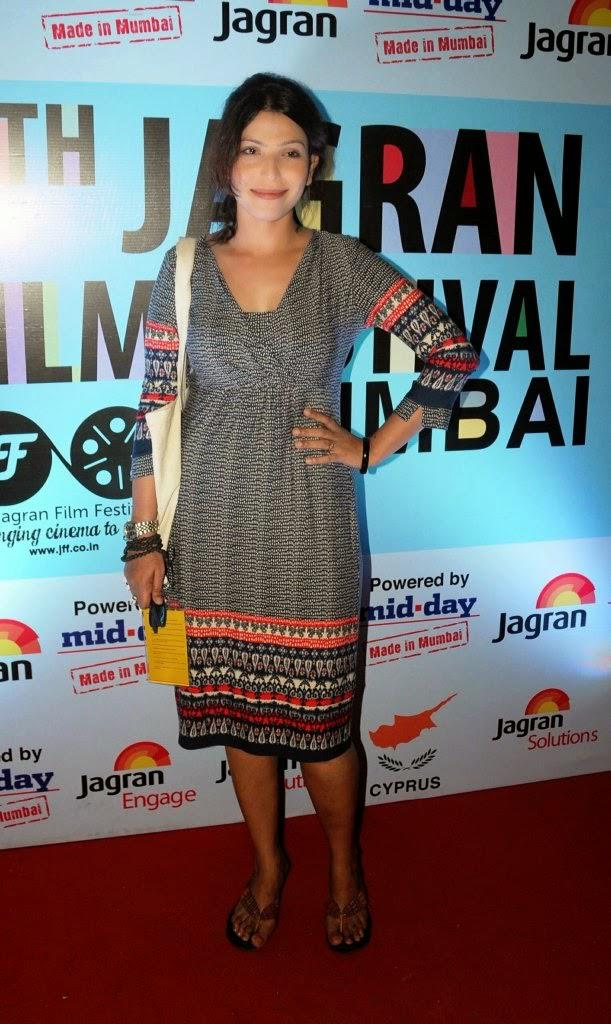 A Celeb Posed On Red Carpet At 5th Jagran Film Festival Day 3
