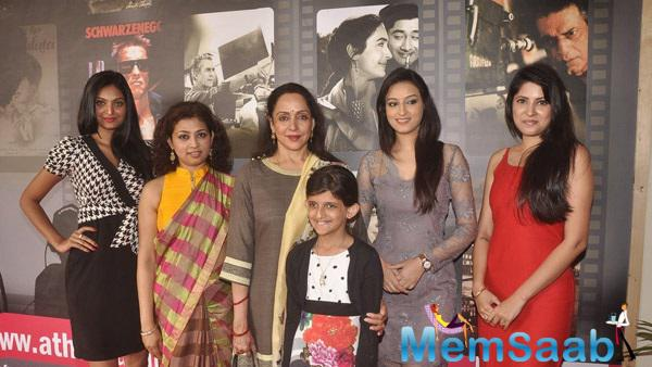 Hema Malini Posing With Group At Atharva Institute