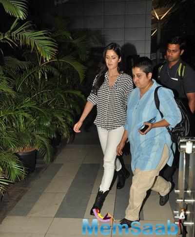 Katrina Snapped At Mumbai Airport Return From Bang Bang Delhi Promotions