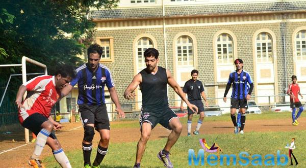Heartthrob Gurmeet Seen Playing Football At Scared Heart Boys High School