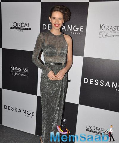 Kalki Koechlin Posing For Shutterbugs At Dessanges New Look Event