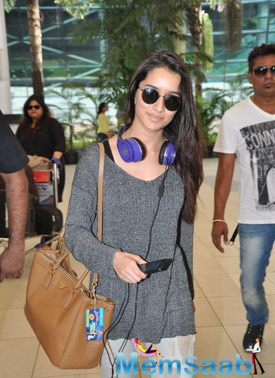 Style Icon Shraddha Kapoor Snapped At Mumbai Airport After Haider Promotion