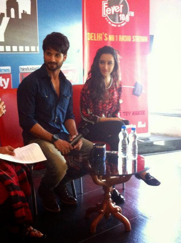 Shahid With Shraddha At Delhi Stars In The City To Promote Haider