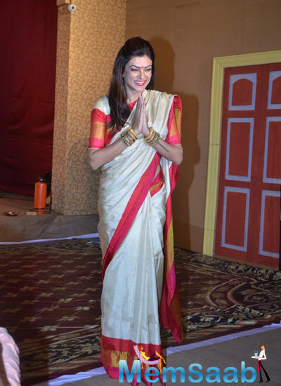 Sushmita Sen Looks On At The North Bombay Sarbojanin Durga Puja