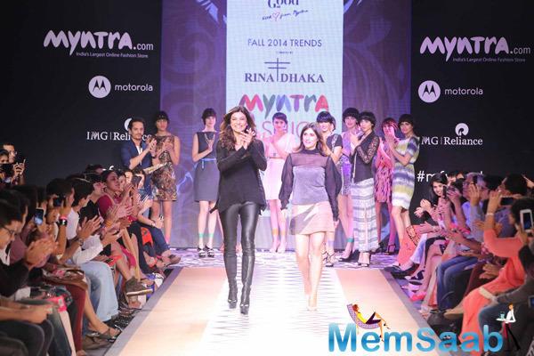 Sushmita Sen Walks For Rina Dhaka At Myntra Fashion Weekend Day 1