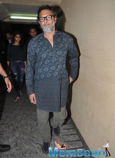 Rakeysh Omprakash Mehra Posed For Camera During Bang Bang Special Screening Hosted By Hrithik Roshan
