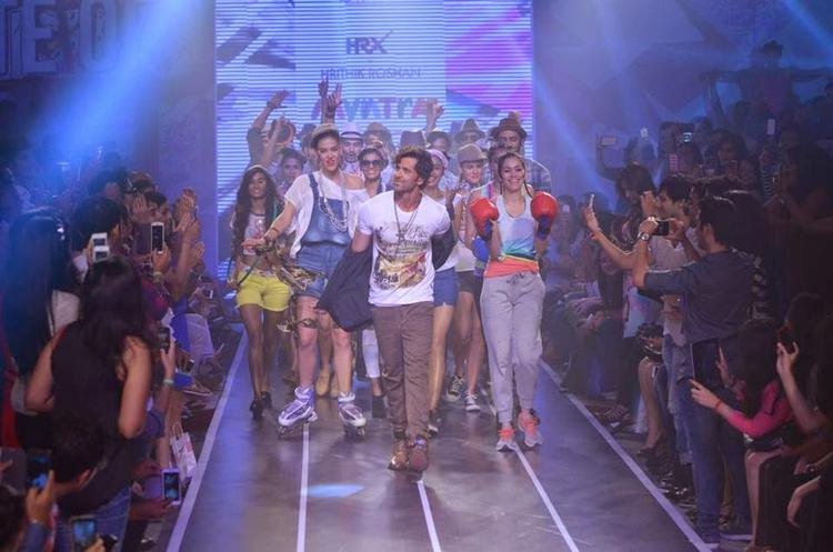 Hrithik Roshan Looked Extremely Delighted With Models On Ramp During Myntra Fashion Weekend Finale