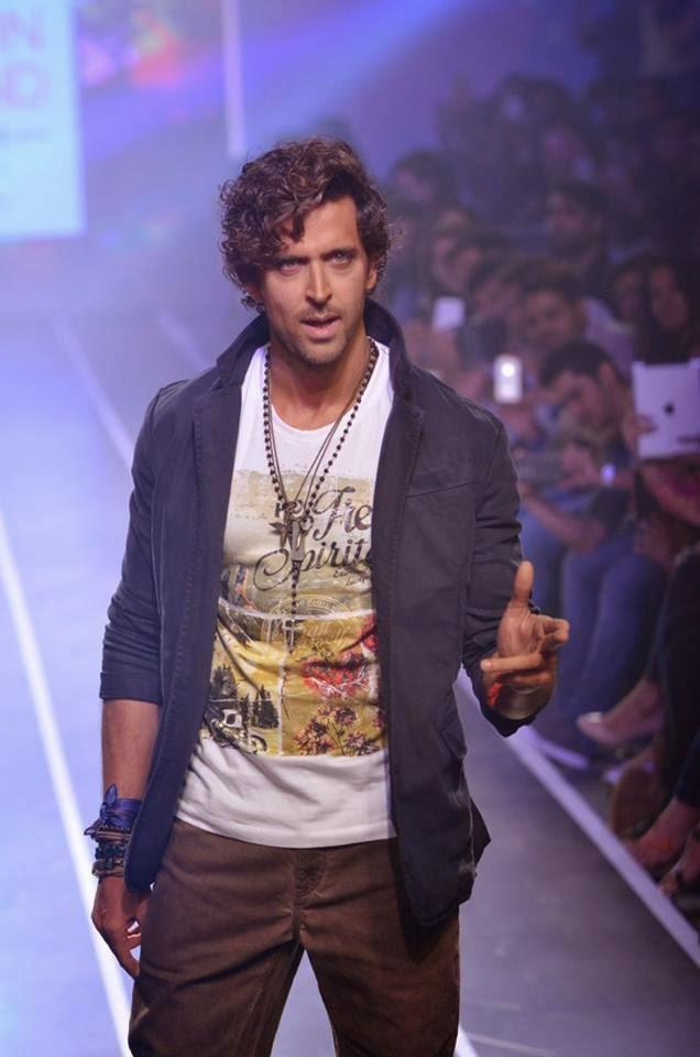 Hrithik Roshan Walks The Ramp For His Brand HRX At Myntra Fashion Weekend Finale 2014