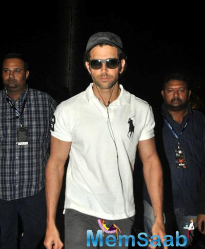Hrithik Roshan Nice Look During He Spotted At A Suburban Hotel