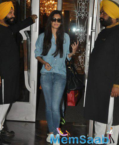 Diana Penty Spotted At Palladium Hotel In Mumbai