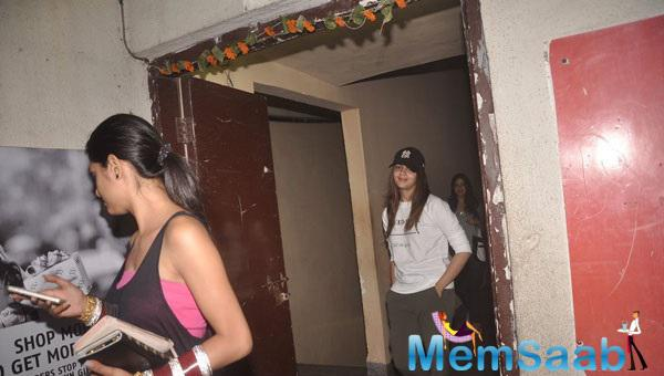 Bollywood Diva Alia Bhatt  Catching A Movie Screening At Suburban Theatre