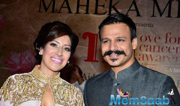 Maheka Mirpuri Posed With Actor Vivek Oberoi At The Charity Fashion Show Hosted By Her