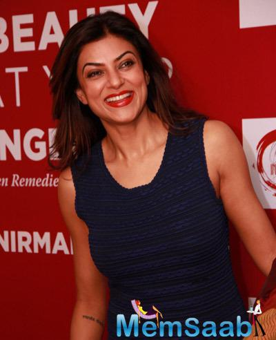 Sushmita Sen Unveils Dr Nirmala Shetty Book Beauty At Your Finger Tip