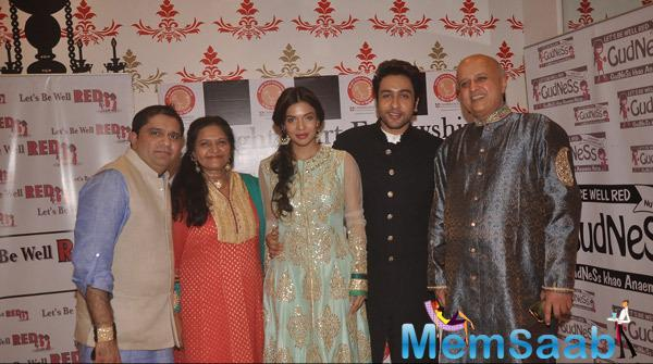 Sara Loren And Adhyayan Suman Attend The Bright Start Fellowship International School Annual Garba Celebration