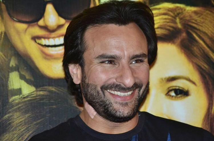Saif Ali Khan Sets All Smile During The Trailer Launch Of Happy Ending