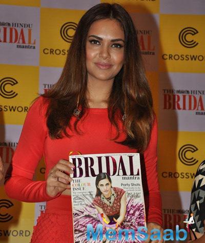 Esha Gupta Launched Hindu Bridal Mantra Magazine
