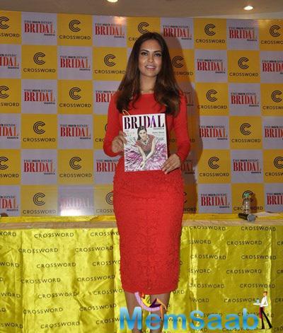 Sizzling Esha Gupta Launches The Fifth Edition Of The Hindu Bridal Mantra