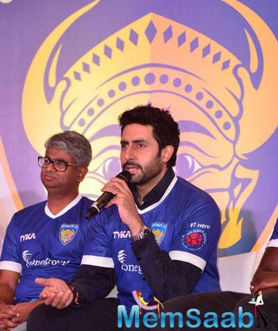 Abhishek Unveils Official Jersey Of Chennaiyin FC