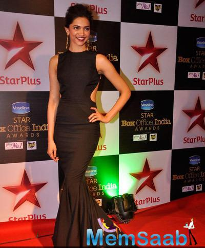 Deepika Padukone Stuns In A Stylish Black Gown During Star Plus Box Office Awards 2014