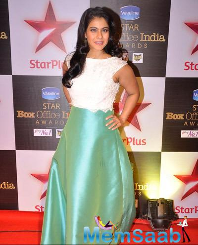 Kajol Devgan Sports A Shiny Yet Suttle Green Gown During Star Plus Box Office Awards 2014
