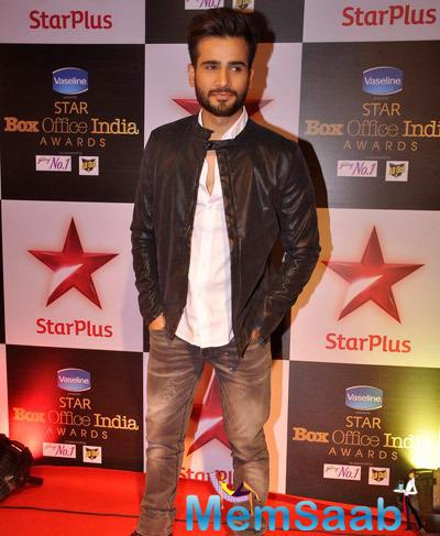 Television Actor Karan Tacker Sports A Trendy Jacket For The Awards