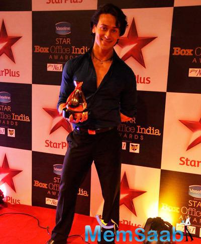Tiger Shroff Smiling Pose At Star Plus Box Office Awards 2014